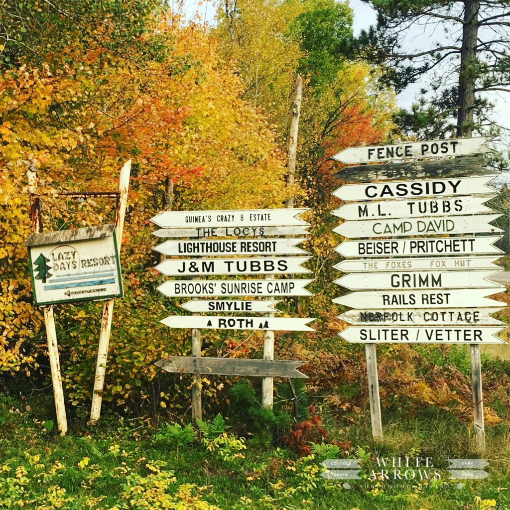 white arrow signs, northwoods